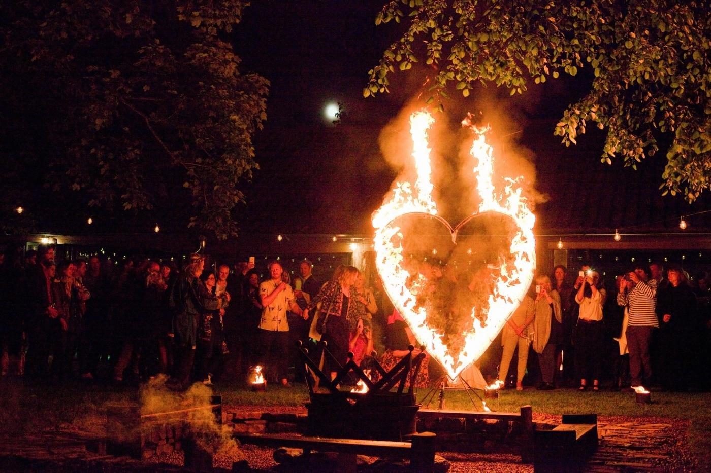 DC-Heart-at-Wainhouse-Barn Winter Weddings at Dewsall Court