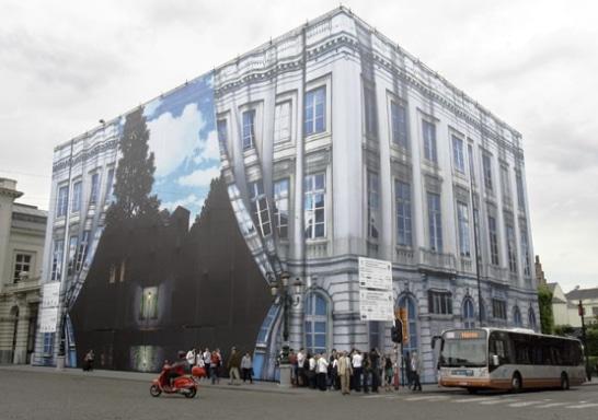 Magritte Museum Getaway