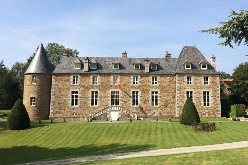 Chateau de l'Angotiere, Domjean